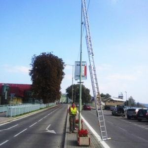 Čistenie a náter stĺpov verejného osvetlenia - Štúrovo - ProRoof