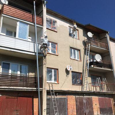 Renovácia fasády bytovky Spišská Stará Ves - ProRoof