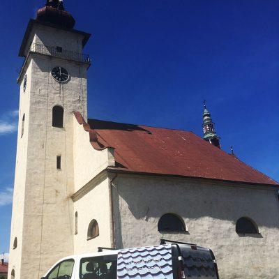 Čistenie a náter strechy, veží a krížov kostola